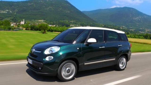 Noleggio a Lungo Termine Fiat 500L Living