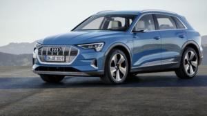 Noleggio a lungo termine Audi E Tron